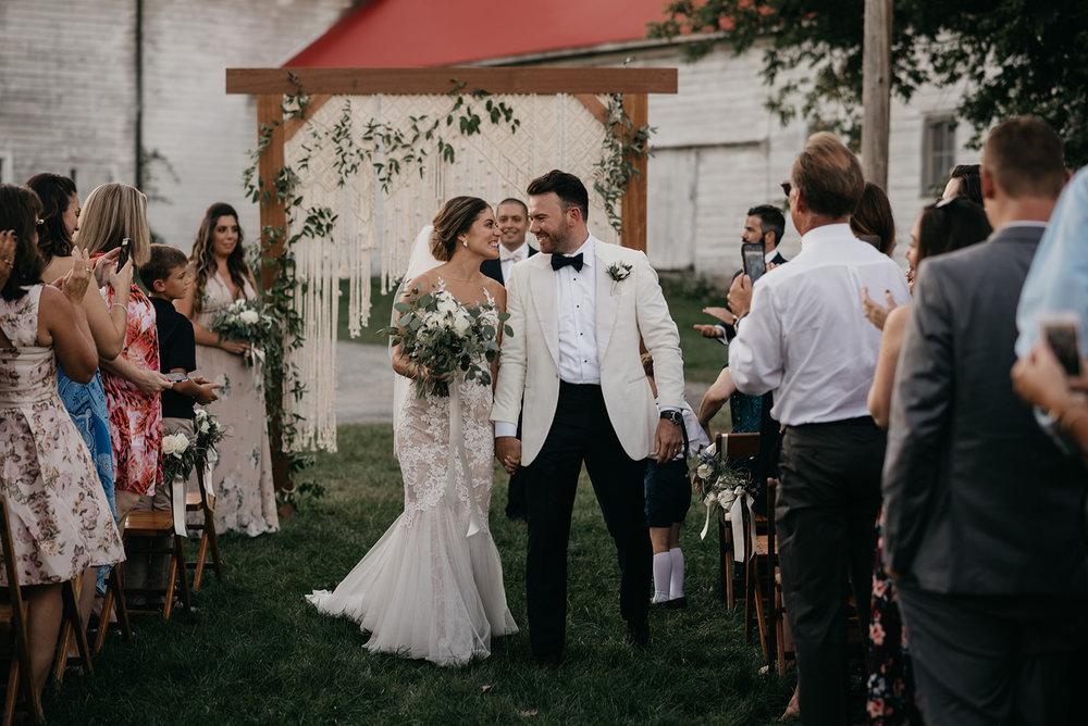 shaker_heritage_barn_wedding_024.jpg