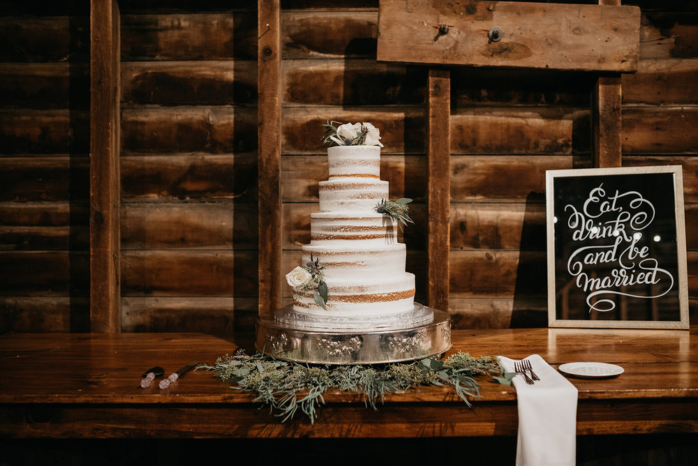 shaker_heritage_barn_wedding_044.jpg
