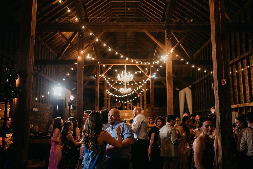 shaker_heritage_barn_wedding_071.jpg