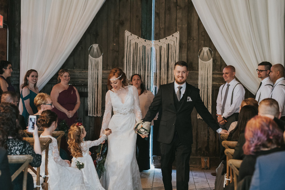 shaker_heritage_barn_wedding_023.jpg