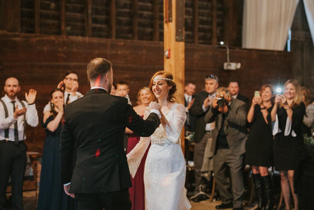 shaker_heritage_barn_wedding_028.jpg