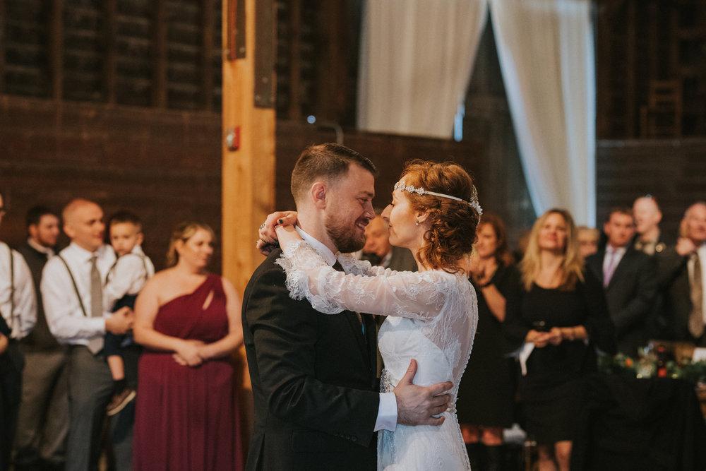 shaker_heritage_barn_wedding_031.jpg