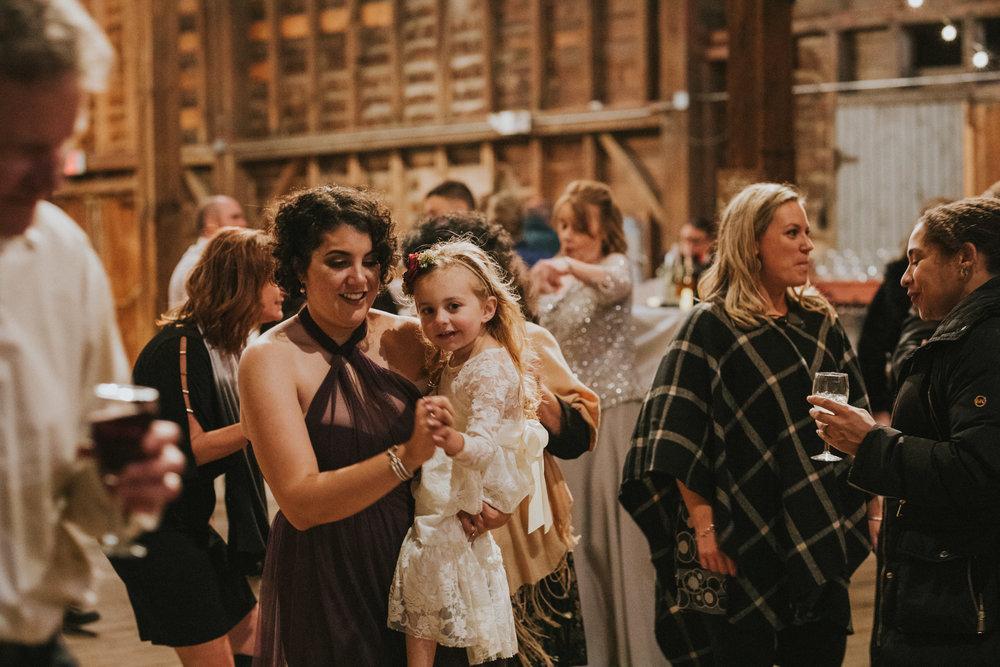 shaker_heritage_barn_wedding_036.jpg