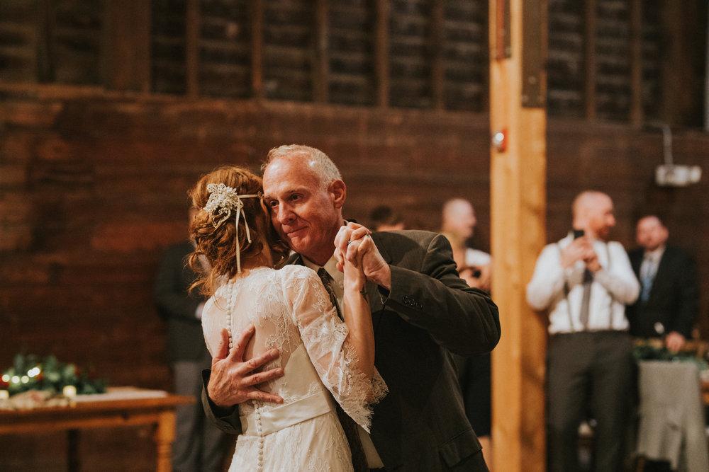 shaker_heritage_barn_wedding_043.jpg