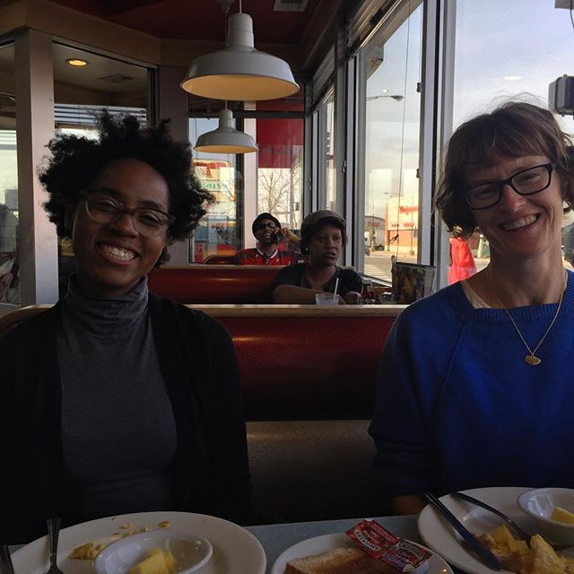 Sleezy Chicago diner time before first day of Open Engagement @openengagement @ch_hu @aishanailah