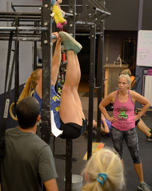 Class tonight at 7pm! Who's comin?! #gymnastics #adultgymnastics #gymnasticsisforeveryone #thegymnastmethod #crossfit