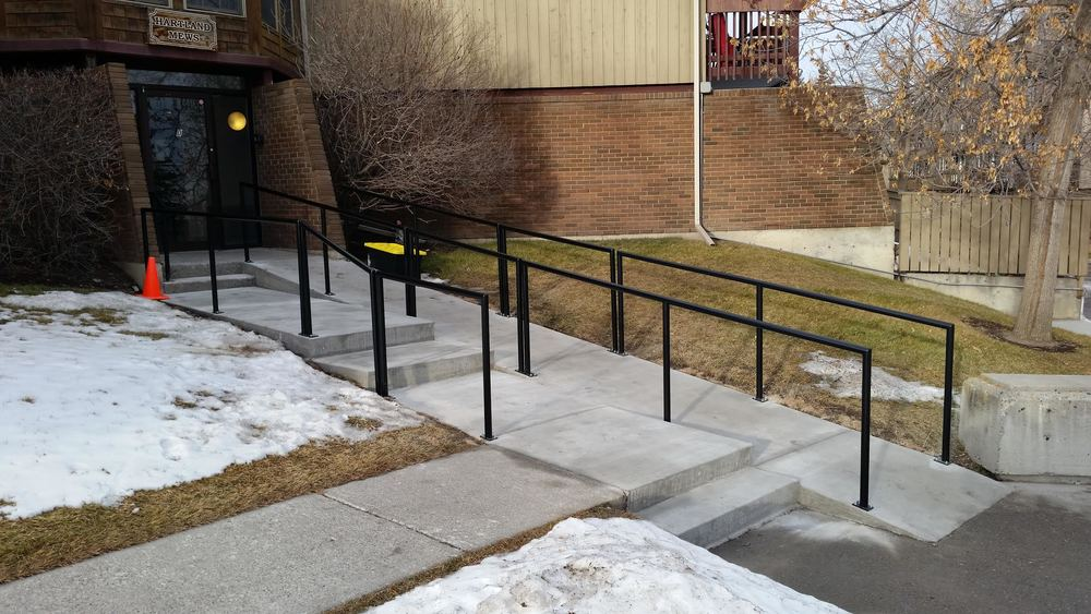 IRON AERO | STEEL RAILINGS