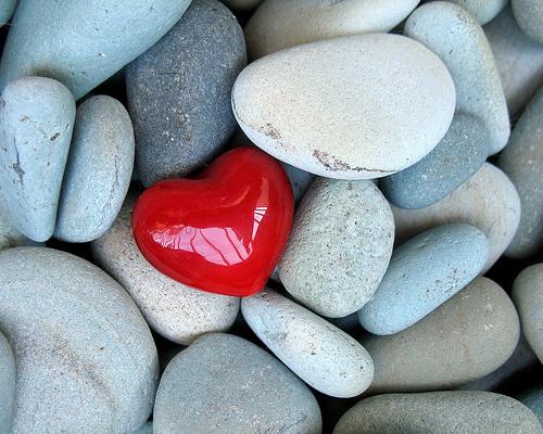 heart-stones.jpg