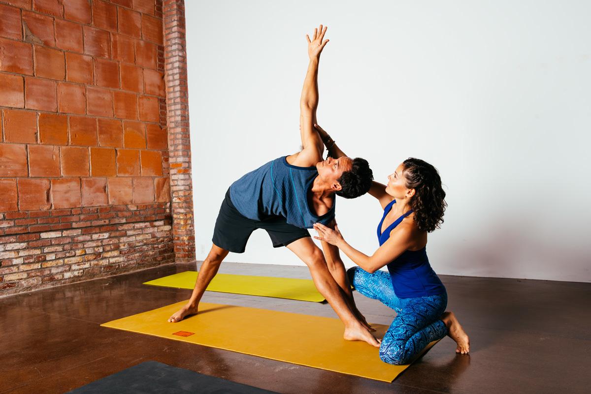 Преподаватель йоги картинки