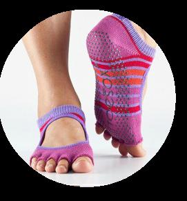 140809-Toesox-Grip-Socks-800x534