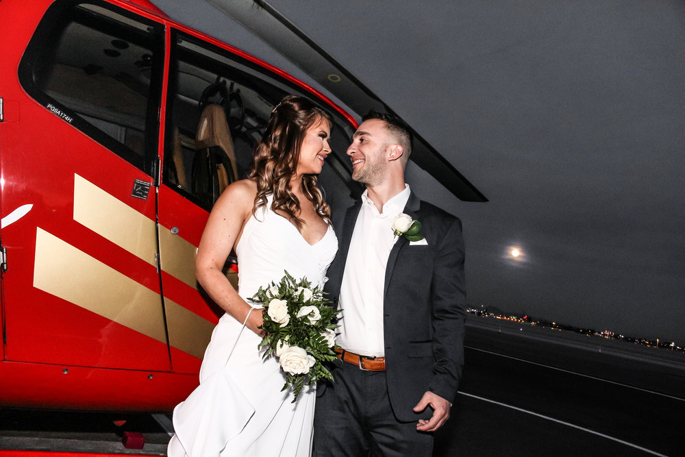 Helicoper wedding in Vegas