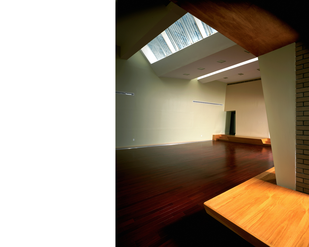 Skylight and meeting room