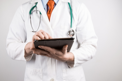 doctor-with-tablet-1461913089Jcx (1).jpg