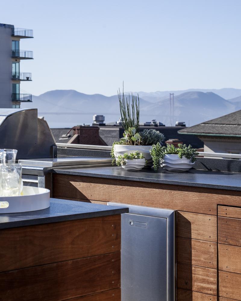 Outdoor kitchen looking towards the Golden Gate Bridge