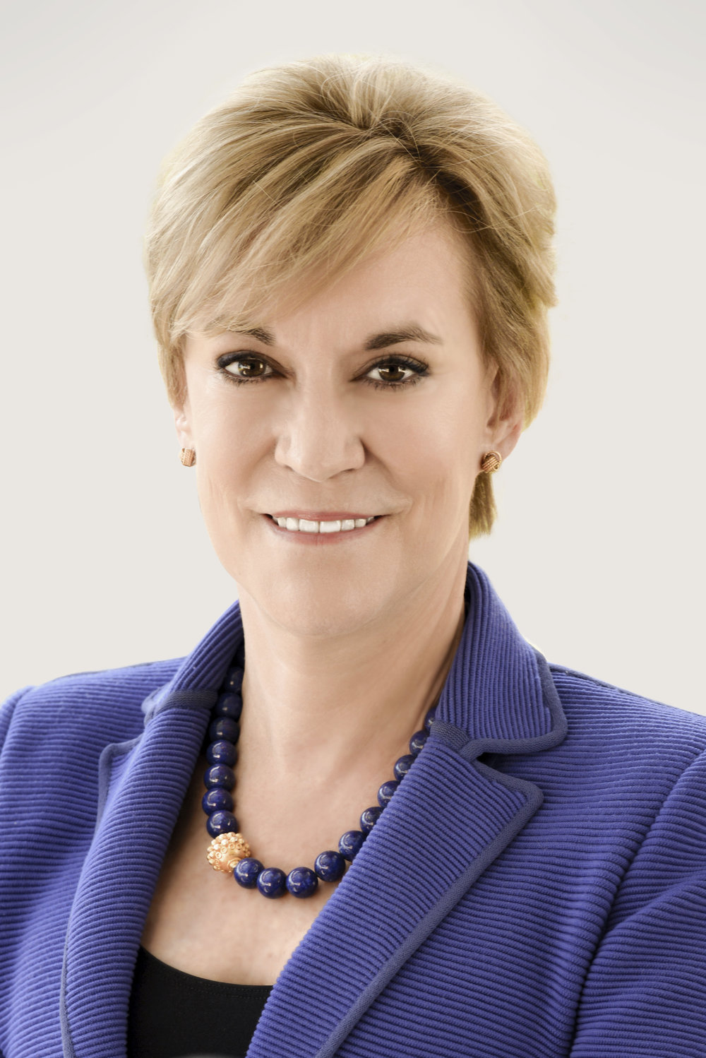 Hala Moddelmog is a business and civic leader with more than 20 years in president and CEO roles. She has also served as a corporate director for two NYSE companies and as a board member of blue-chip nonprofit organizations.