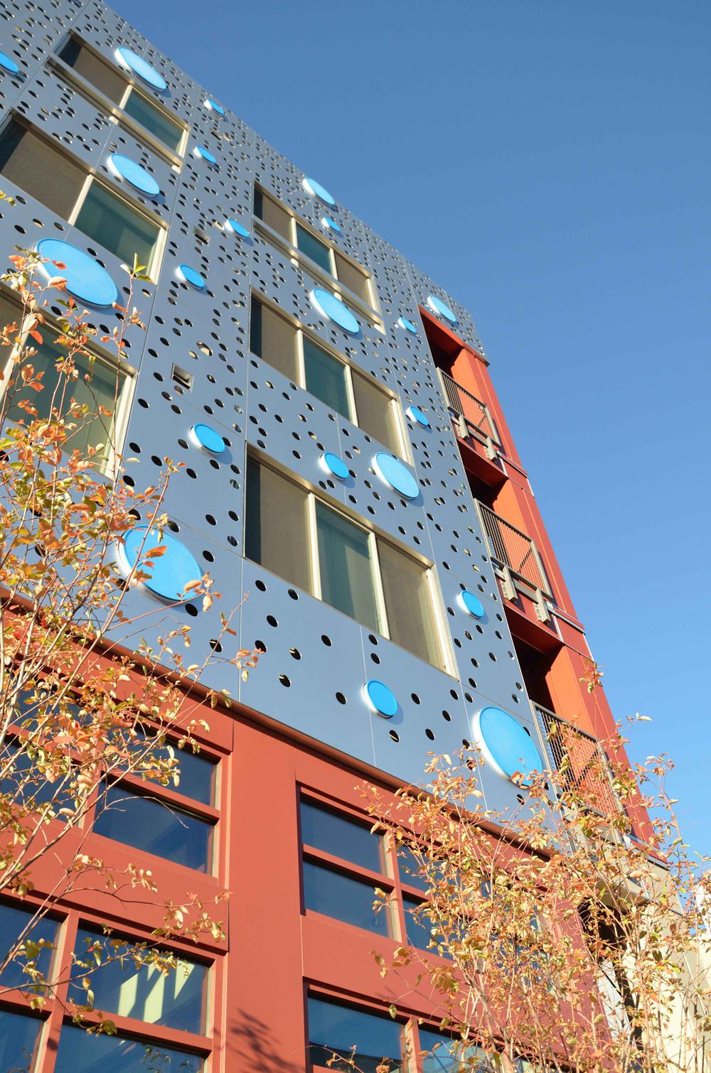 5b facade_1500.jpg