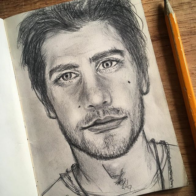 """I admire her and continue to admire her. That might play into the reason I don't have much of a problem letting the women I've worked with shine. I love women."" #jakegyllenhaal on having a #sister #maggiegyllenhaal #mensupportingwomen #feminism #feminist #equality #menforfeminism #beautifulman #art #sketchbook #sketches #pencildrawing"