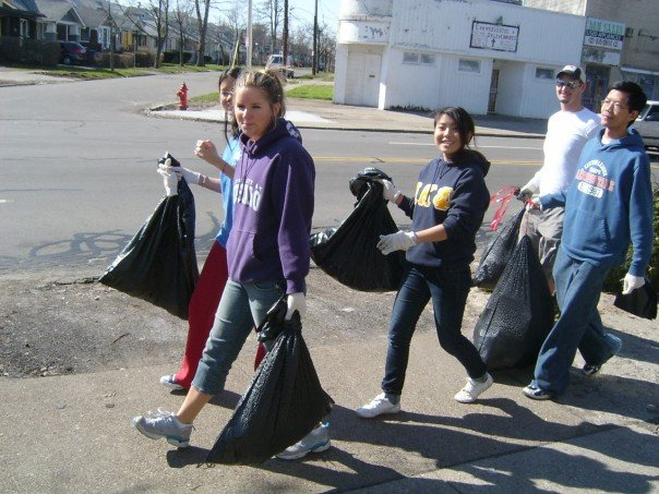 SUNYバッファローへ通っていた学生時代のボランティア活動の様子