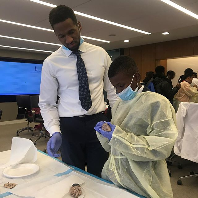RBHS: Students interested in the field of science attended a seminar to gain hands-on experiences as a simulation for medical practitioners.  The YKs were accompanied by Science teacher Ms Ingram and School Librarian Mr K Nero.