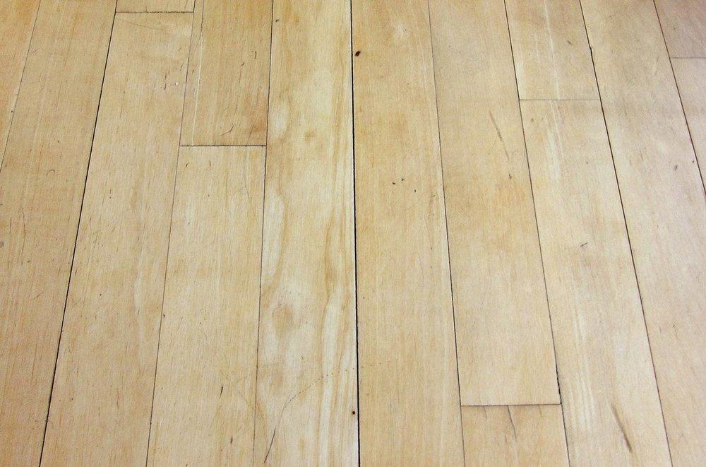Chicago-winter-hardwood-floor-gaps-1-1200w.jpg