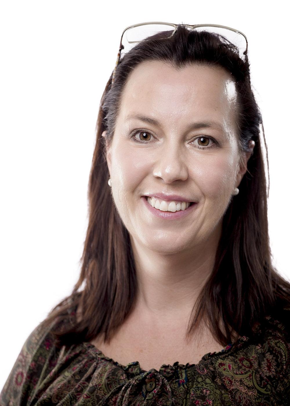 Sandra Deyer, Customer Support
