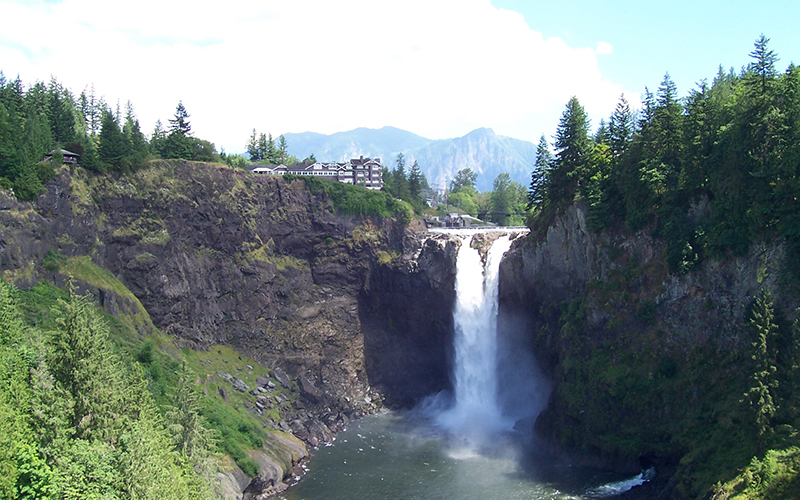 Learn about Snoqualmie.