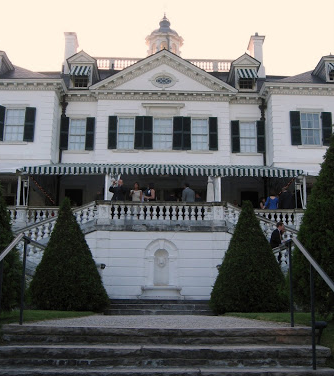 Edith Wharton's house. What do you mean that has nothing to do with this post? Phef.