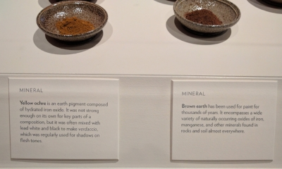 Two mineral pigments: Yellow ochre and brown earth.