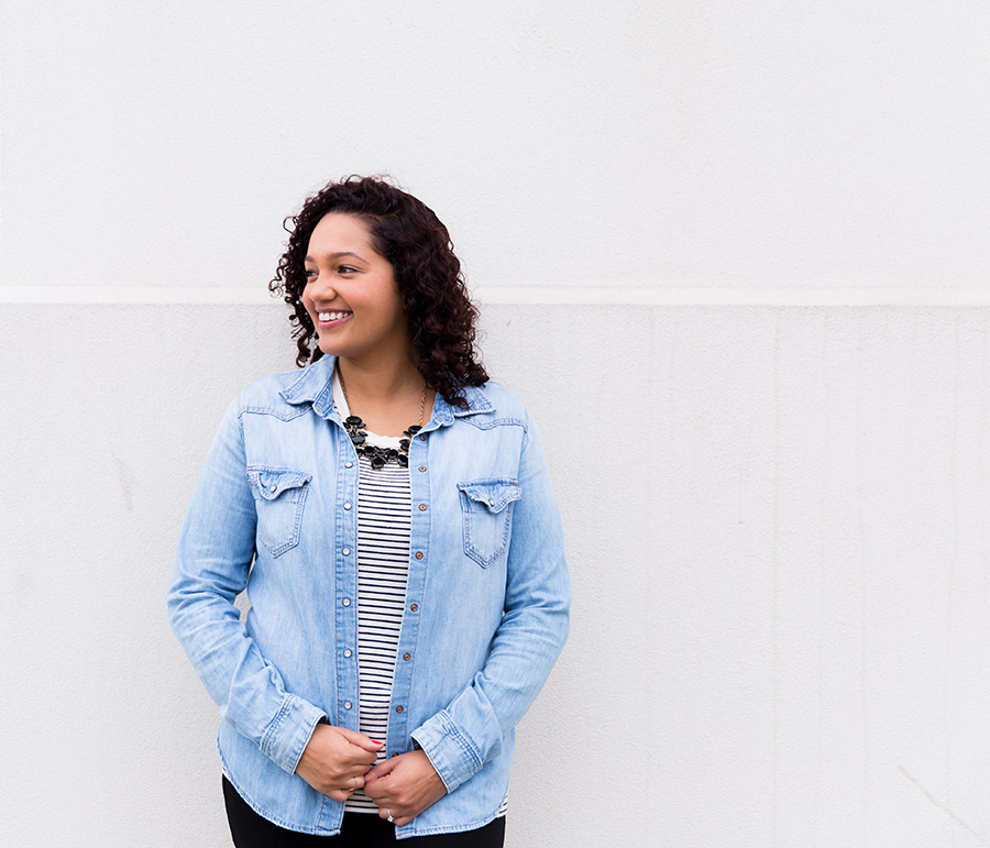 Hi there! - I'm Nicole, a San Francisco wedding and family photographer. Laughter is my favorite expression to photograph.I'm all about being in the moment and making colorful pictures with personality. I'll show you what your day felt like.