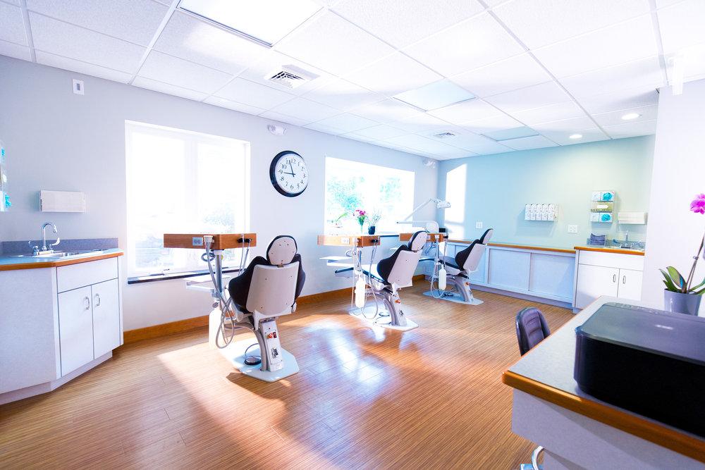 314A1800 Giovanni The Photographer-Boston Lorenz OrthodonticsCorporate Dental Dentist Orthodontics Headquarter  Lorenz Orthodontics.jpg