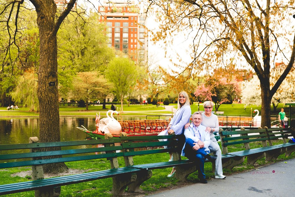 314A2206 Giovanni The Photographer Boston Family Photographer Alina - Public Garden Common WM35.jpg