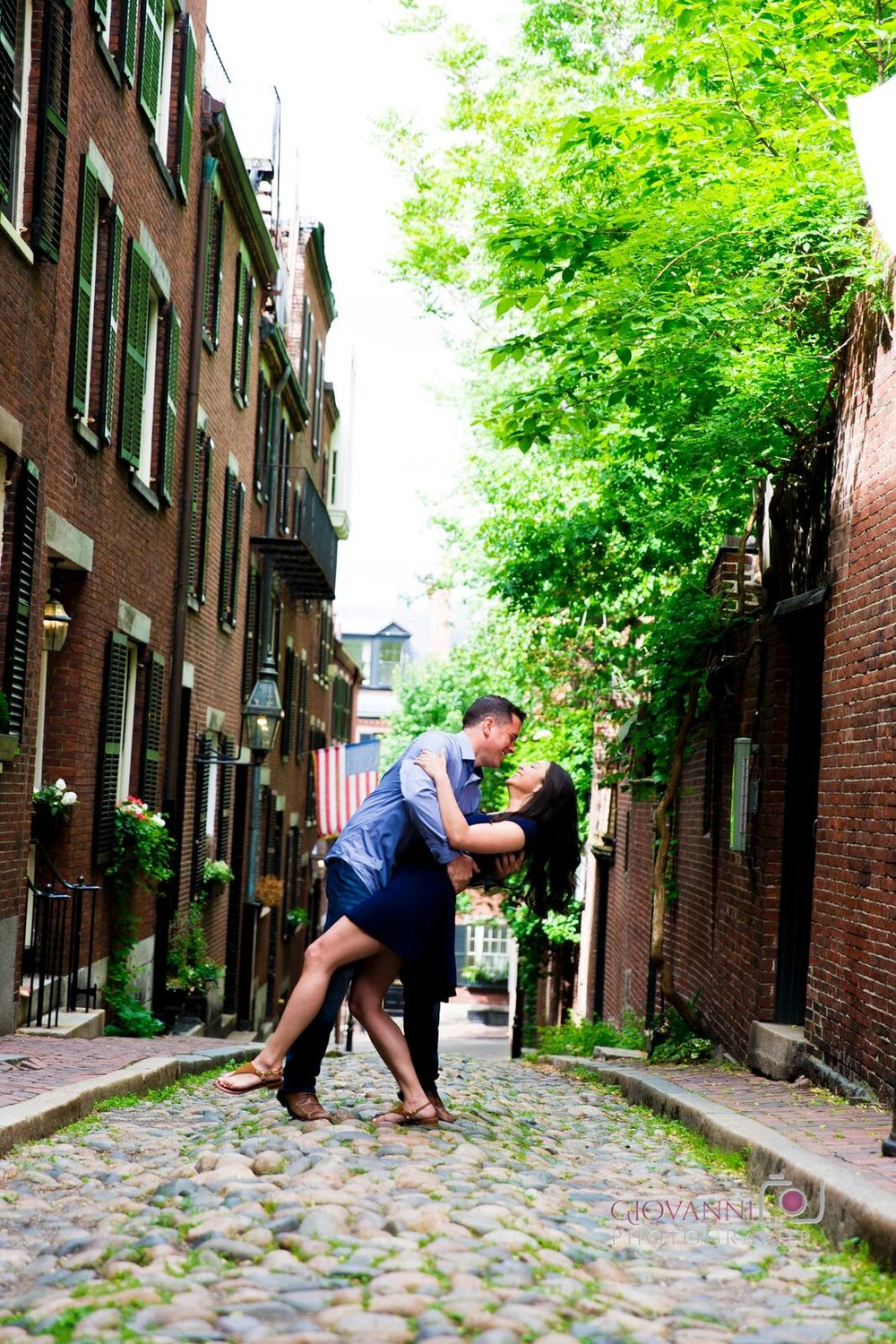 8C2A7669+Giovanni+The+Photographer+Top+Wedding+Photography+Boston+Engagement+Session+Acorn+Street+Boston+Ma.jpg