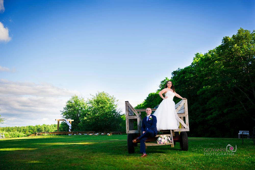 8C2A9985+Giovanni+The+Photographer+Best+Wedding+Photography+Hyland+Orchard+Events+Sturbridge+ma.jpg