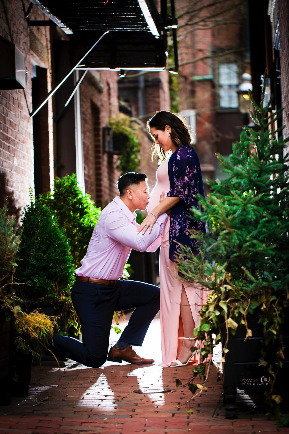 8C2A2446 Giovanni The Photographer Boston Marternity Photography Maryann and Steven - Beacon Hill - Acorn Street Cobblestone St 03-04-18 WM35.jpg