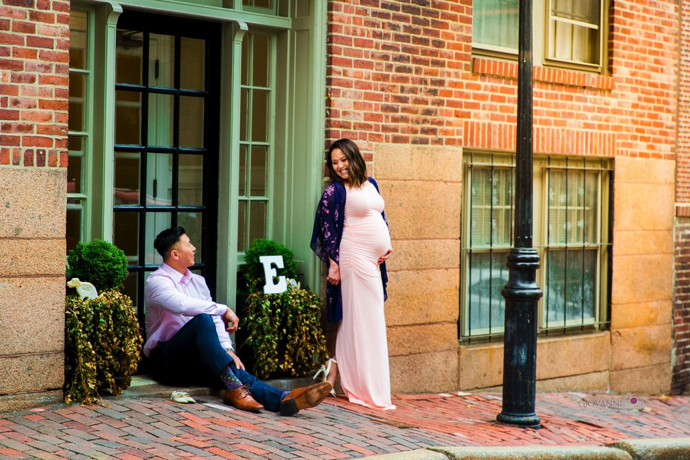 314A9586 Giovanni The Photographer Boston Marternity Photography Maryann and Steven - Beacon Hill - Acorn Street Cobblestone St 03-04-18 WM35.jpg
