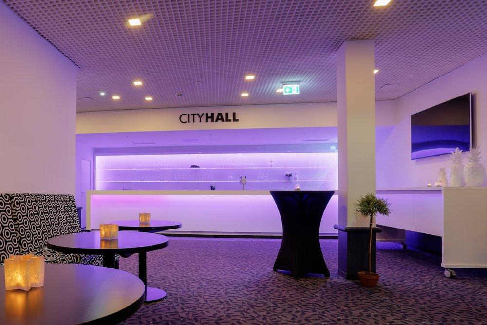 CITYHALL - bis zu 400 Sitzplätze