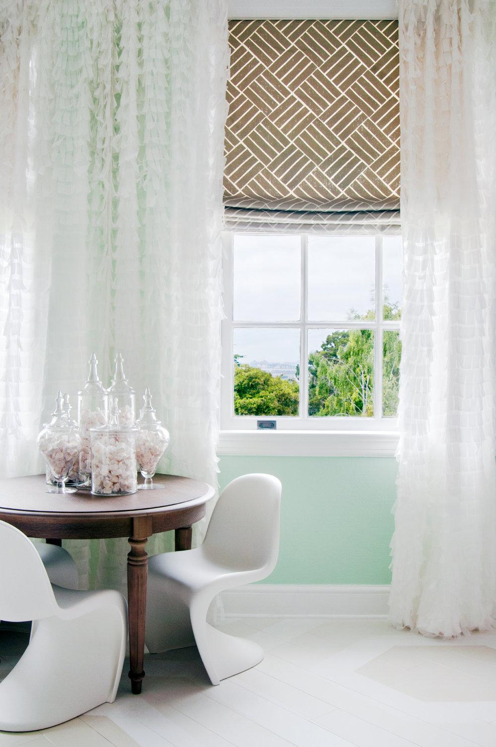 Candy Centerpiece Bedroom Design