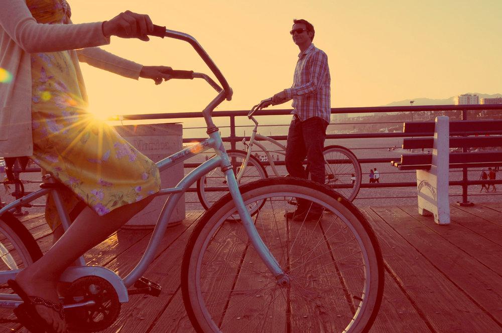 Engagement Couple on Santa Monica Pier
