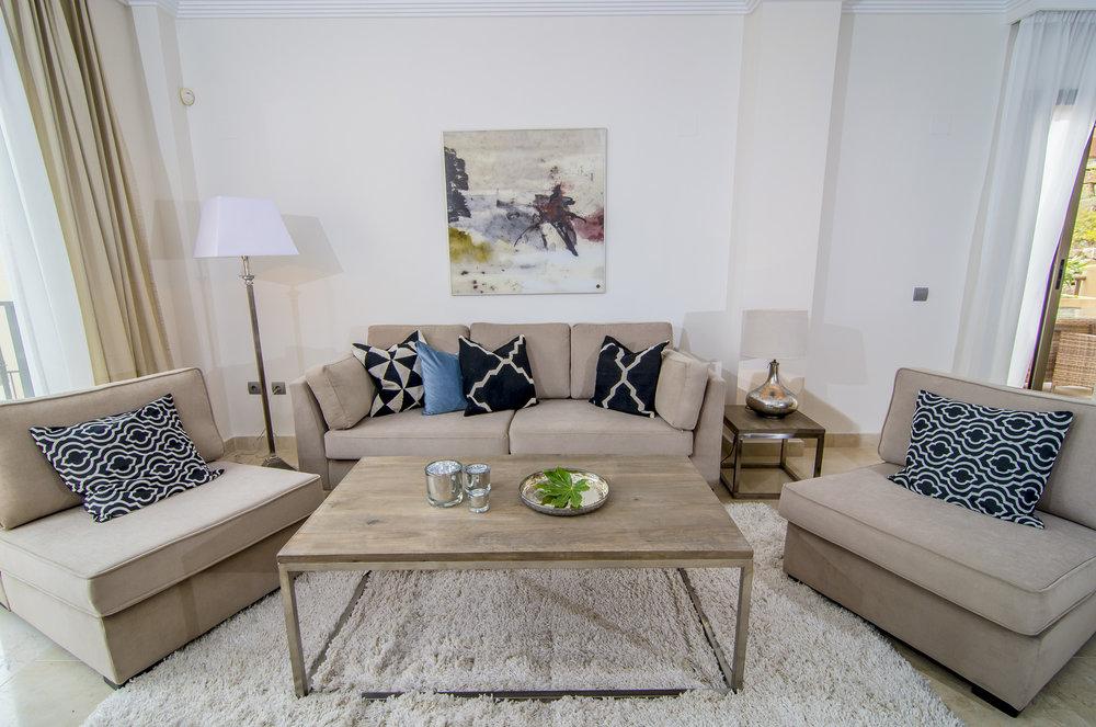 _Benahavis_livingroom (3).jpg