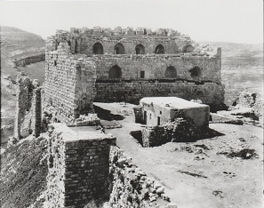 Gertrude Bell's photograph of The West Fort, Kerak, Jordan, 1900. Catalogue number A240.