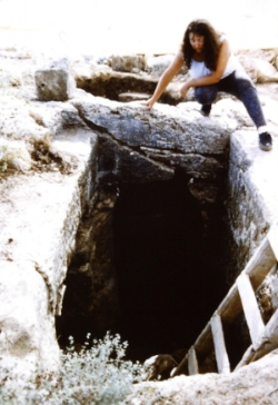 Excavations at Sumaqa, Carmel Hills, Israel 1993