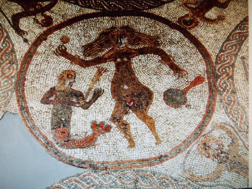 mosaics-rudston-venus.JPG