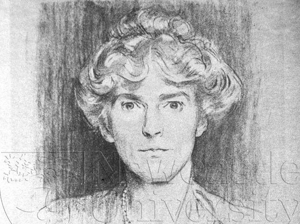 Charcoal sketch of Gertrude Bell (Credit: Gertrude Bell Archive Personalia B2)