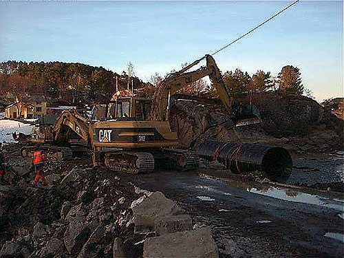 Mekvik-maskin-Frei kommune-Opparbeidelse av Husoyveien-2.jpg