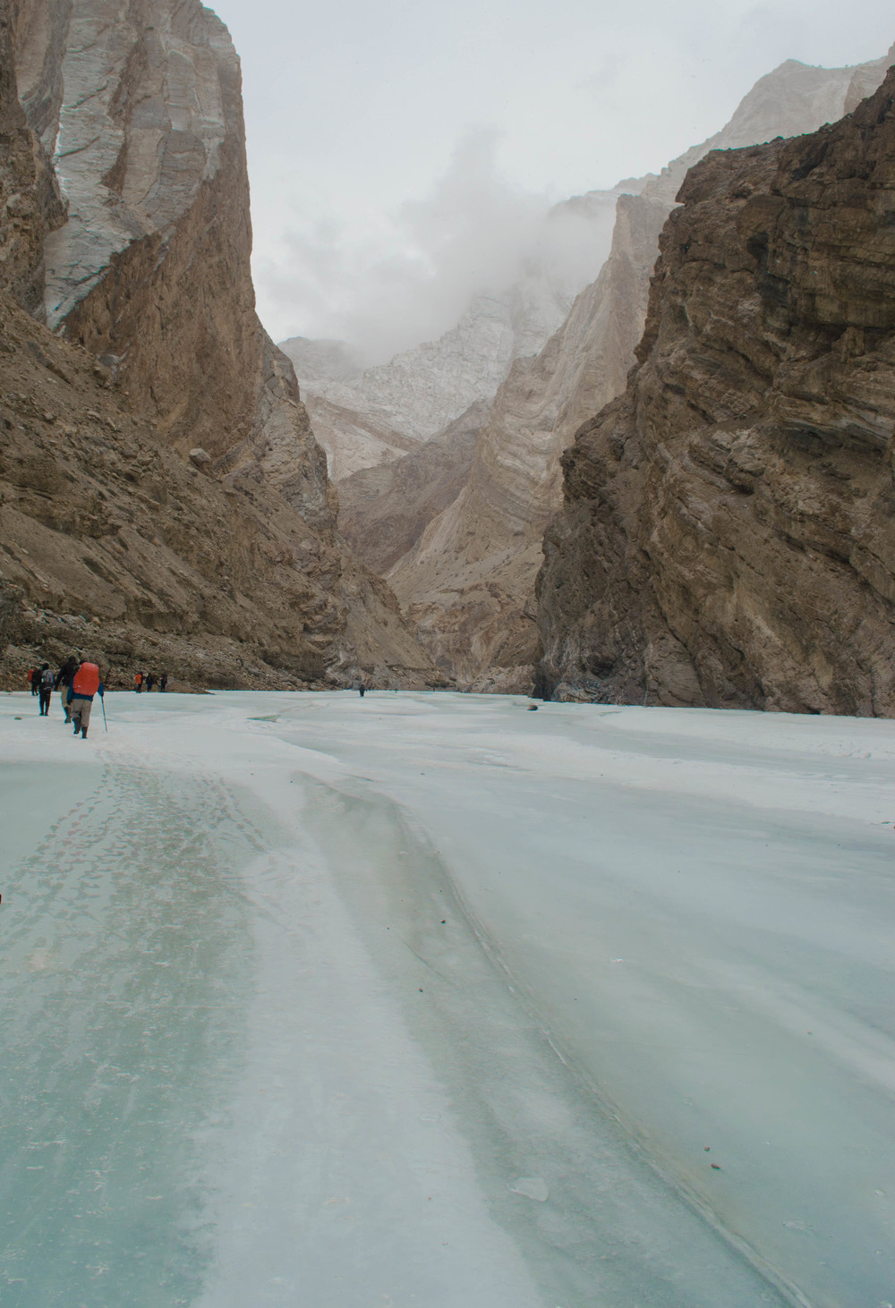 The landscape changed so quickly while we trekked... it looked like the frozen gateway to the perilous winter road had opened iin ladakh. PC: Raunak