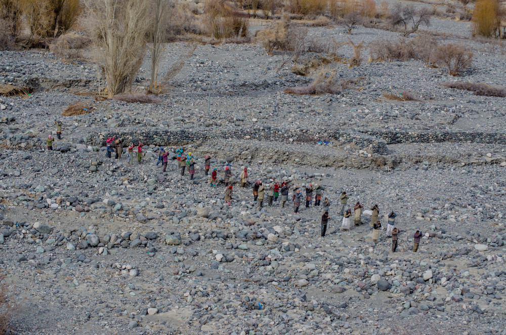 During a Buddhist festival in ladakh winter, these locals make a 3-day sacrifice to trek to the monastery. PC: Raunak