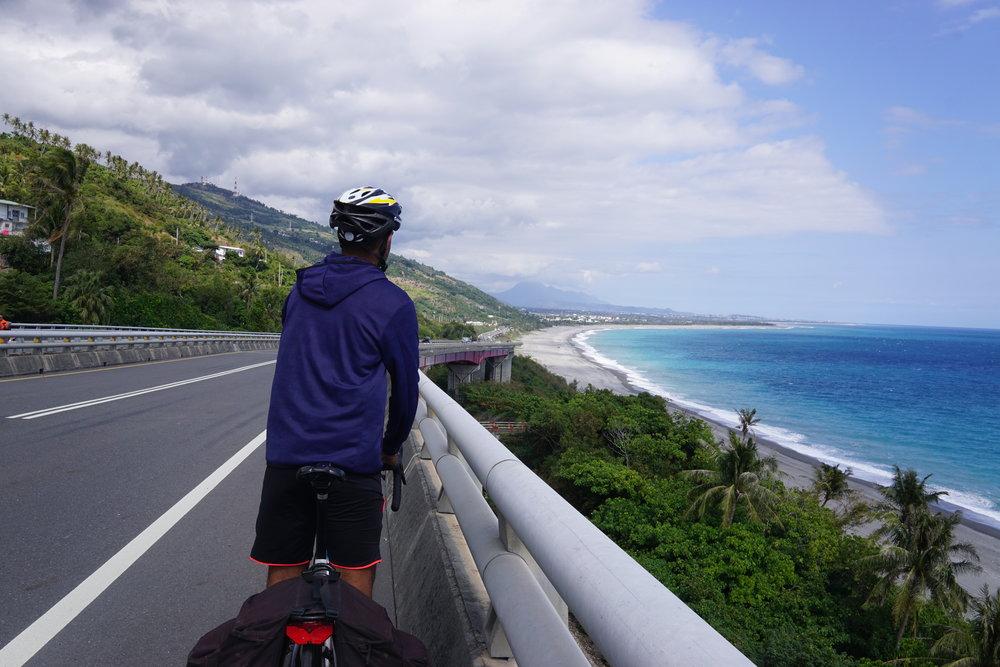 Bike-Touring-In-Taiwan-East-Coast-Road.JPG