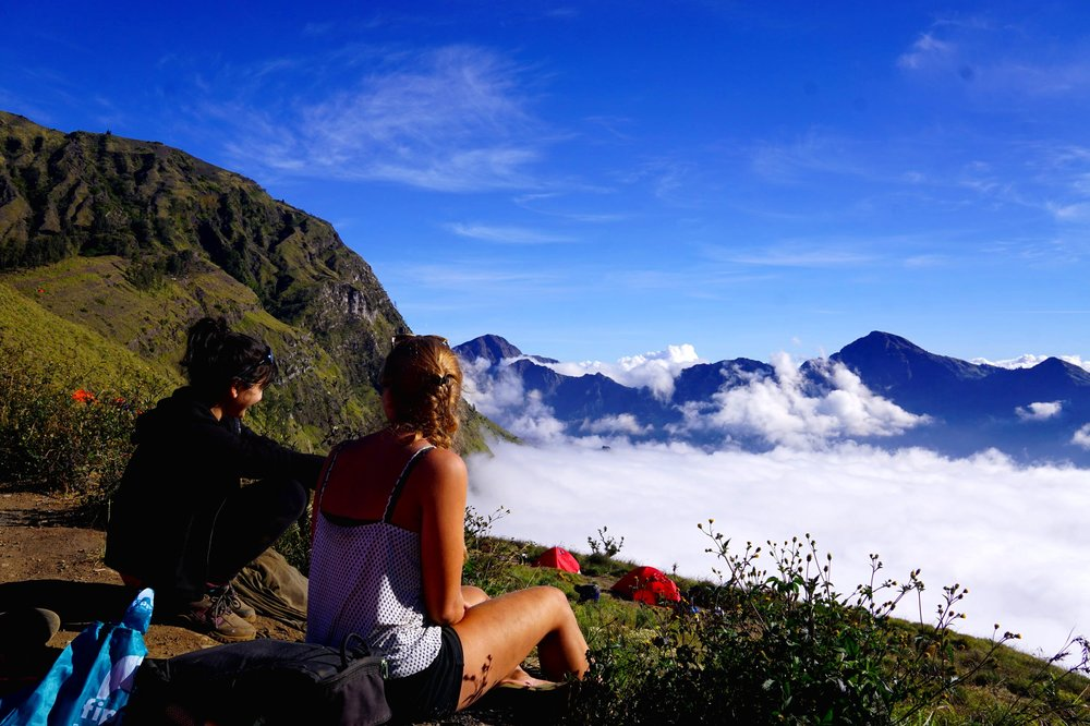 Mount rinjani, a crazy climb up indonesia's active volcano. the best place to travel solo in asia