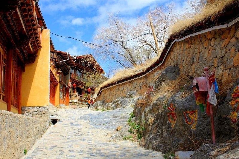 Shangri-La-Alternative-Tibet-Zhongdian.jpg