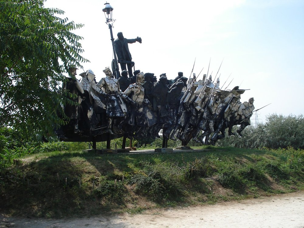 A unique sculpture at the Memento Park in Budapest. Image by diaan11 on Pixabay